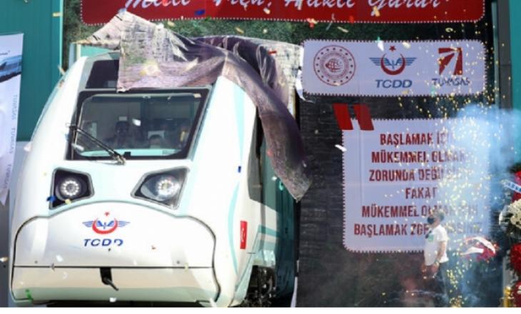 Turqia teston trenin e parë elektrik të prodhuar në vend