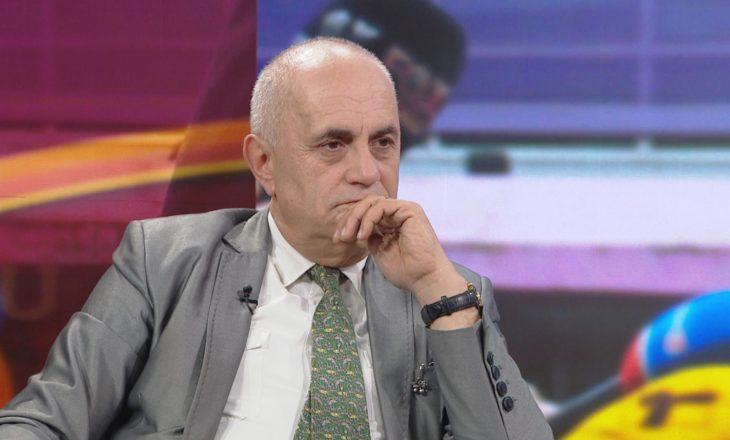 Me këtë format ministrash dhe deputetësh, Shqipëria nxjerr me mijëra